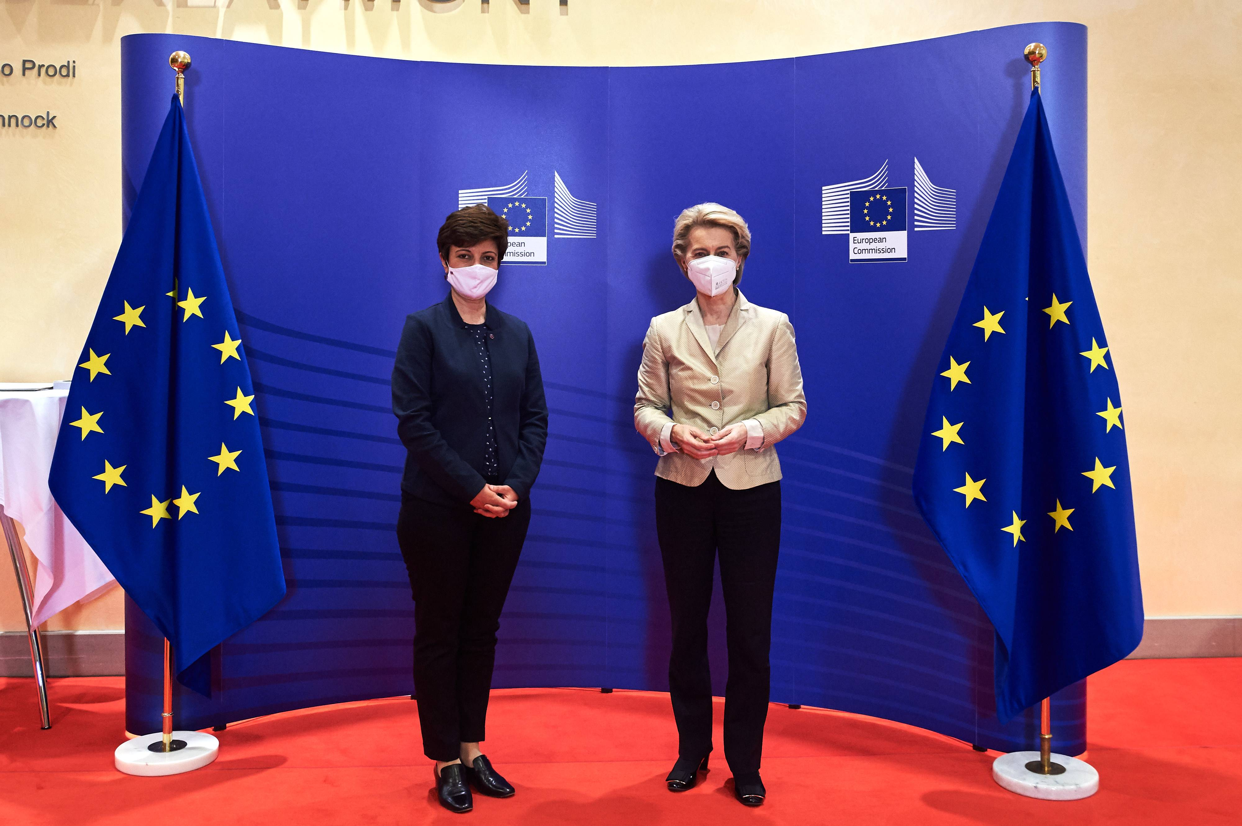 Head of the Mission of the Republic of Armenia to the European Union presented her credentials to the President of the European Commission